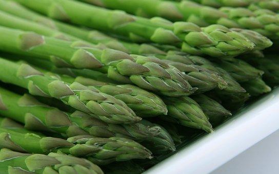 easy cheesy asparagus roast