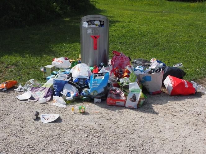 Lata De Lixo, Lixo, Poluição, Desperdício, Lixeiras