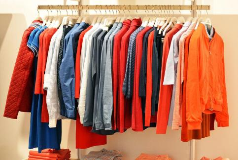 Why should we buy lothes in the off-season?