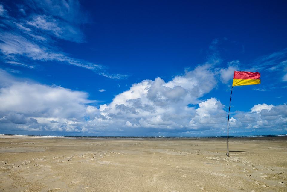 beach sky blue free