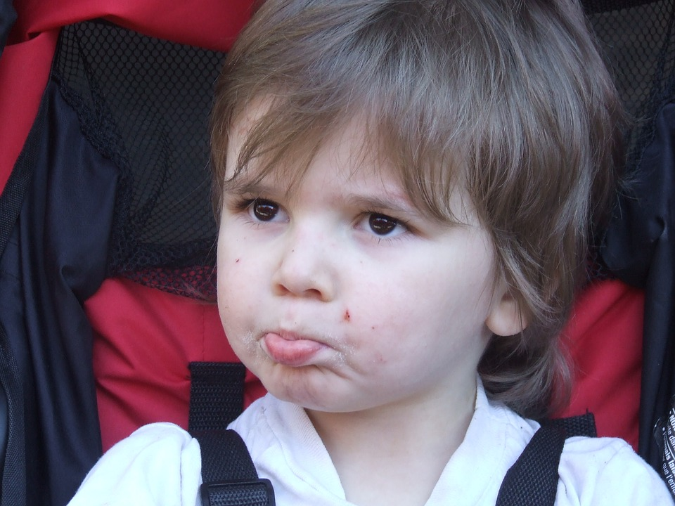 child face pouting free