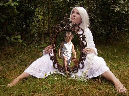 Persona, Bambino, Specchio, Memoria, Triste