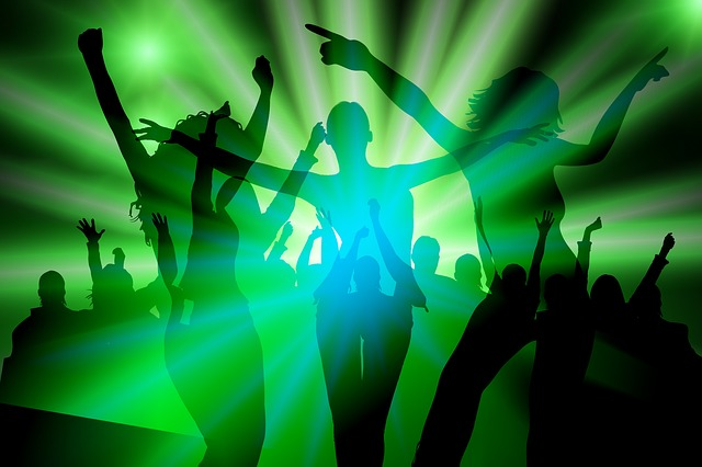 Cartoon Girl Wallpapers Free Download Free Illustration Silhouette Girl Dance Party Free