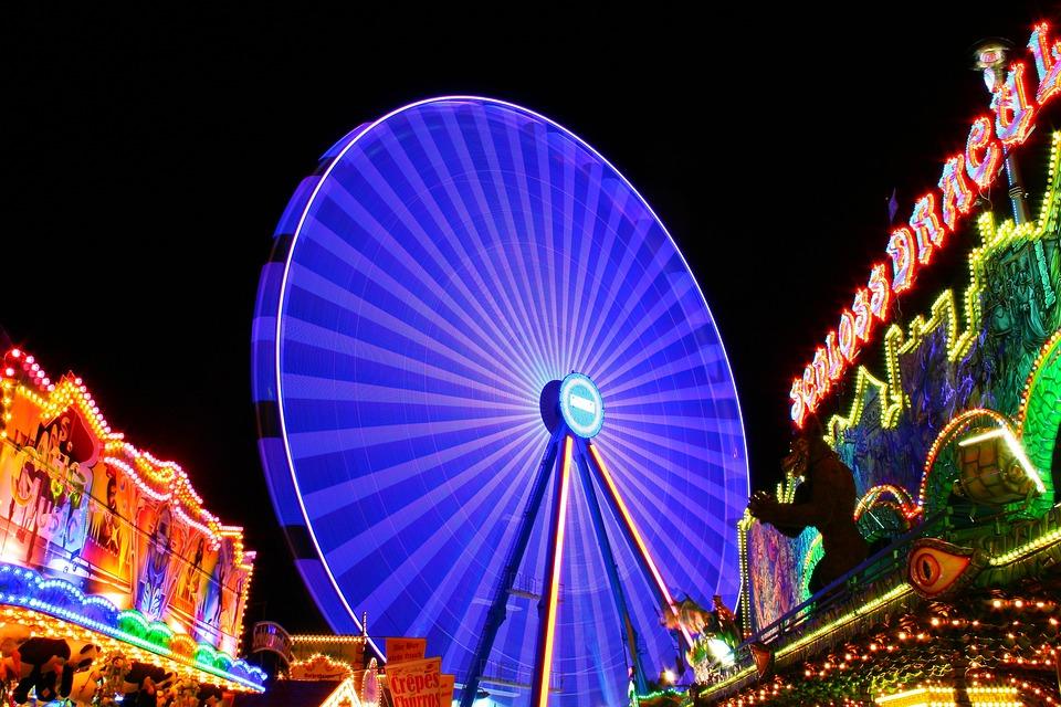 Kostenloses Foto Riesenrad Nacht Volksfest