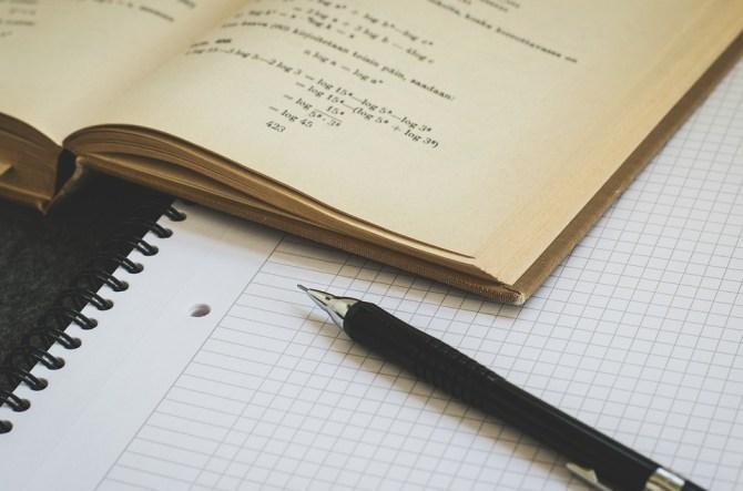数学, カウント, 科学, 研究, 対数, 代数, 紙, ペン, 教科書, 学ぶ, 学校, 大学