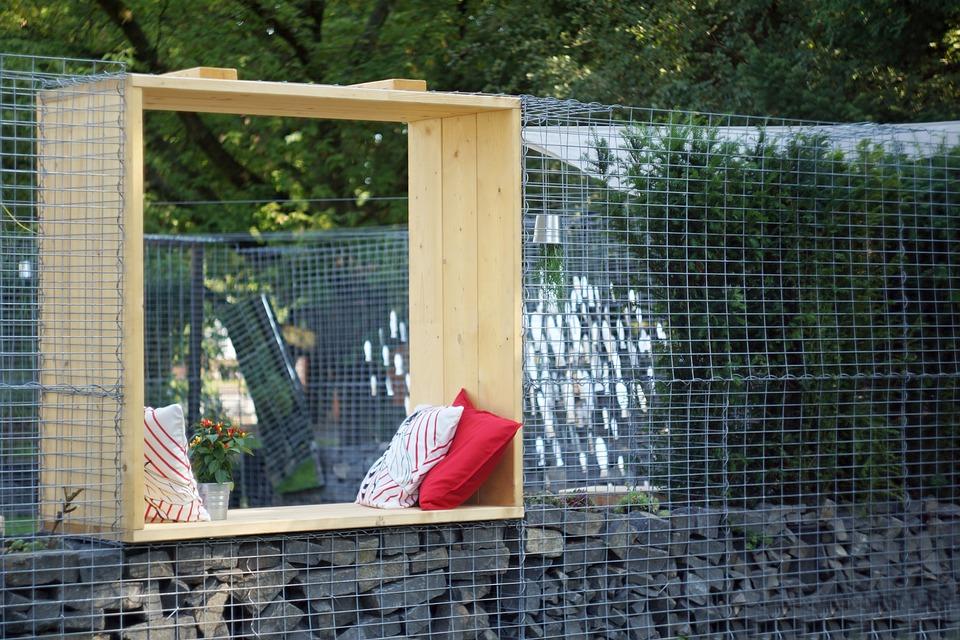 garden window fence free