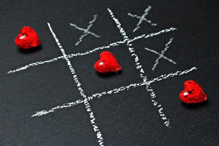 Tic Tac Toe, Liebe, Herz, Spielen, Strategie Spiel