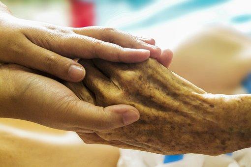 Hospice, Main Dans La Main