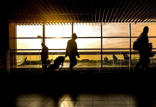 空港, ターミナル, 男, 旅行, 旅をする人, 乗客, シルエット, バックライト, 人, フライト