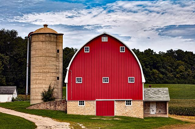Fall Cabin The Woods Wallpaper Wisconsin Red Barn Silo 183 Free Photo On Pixabay