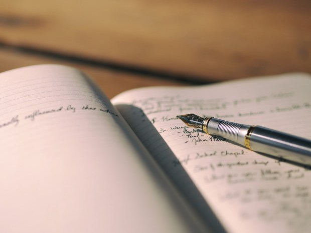 Journaling helps you express yourself and feel better.