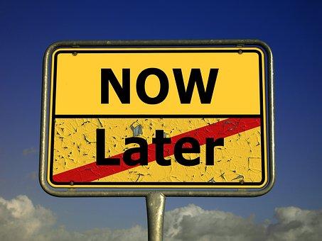 Ortsschild, Ortstafel, Tafel, Jetzt den Kredit ohne Wartezeit.