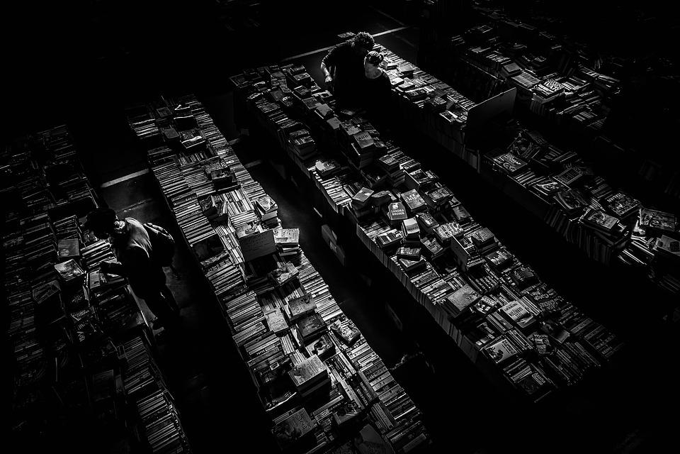 Dark Quotes Wallpaper Free Photo Book Store Books Couple Dark Free Image