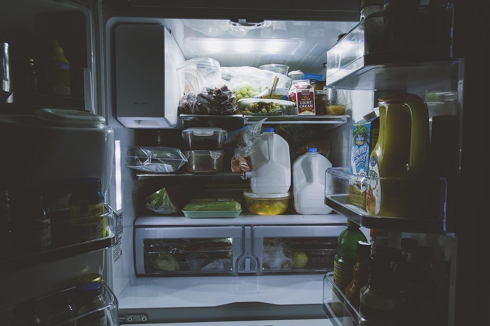 Bouteilles, Alimentaire, Gallon, À L'Intérieur, Lumière