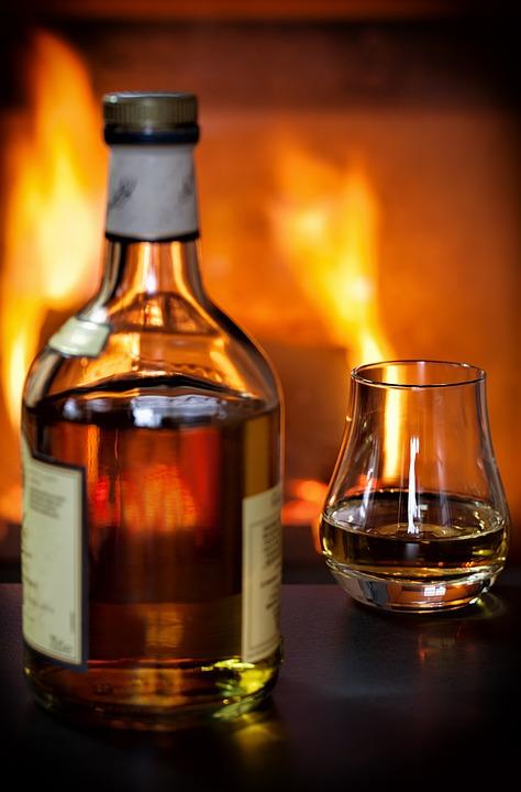 Whisky R\u01b0\u1ee3u K\u00ednh \u00b7 \u1ea2nh mi\u1ec5n ph\u00ed tr\u00ean Pixabay