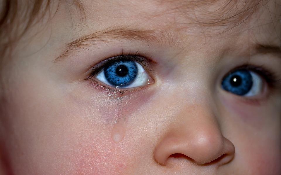 Ochii Copiilor, Ochii, Ochi Albastru, Emoţie