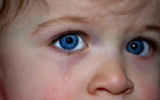 Ochii Copiilor, Ochii, Ochi Albastru