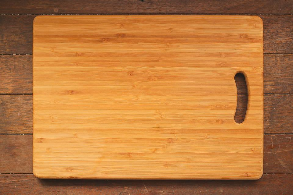 kitchen cutting boards quartz countertops colors for kitchens chopping board free photo on pixabay wooden table