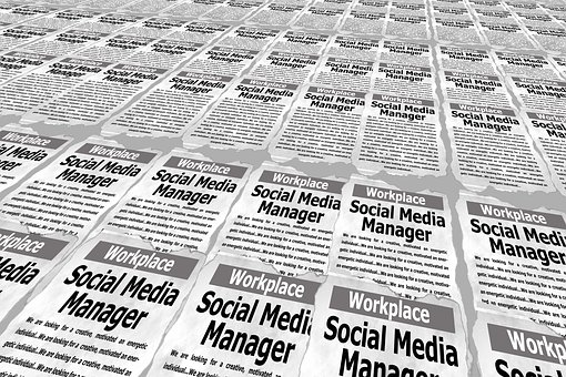 Social media ad script for social manager job