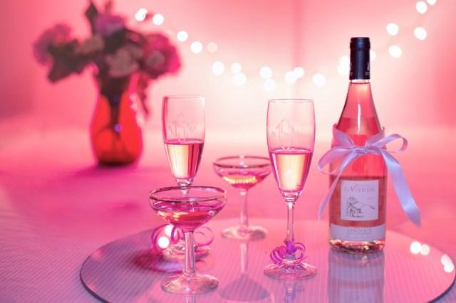 Vino Rosado, Champagne, Celebración,Colores Rosa