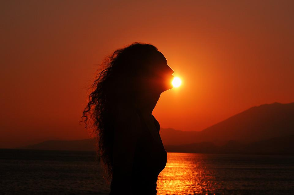 Sad Girl Breakup Wallpaper Sunset Silhouette Kissing The Sun 183 Free Photo On Pixabay