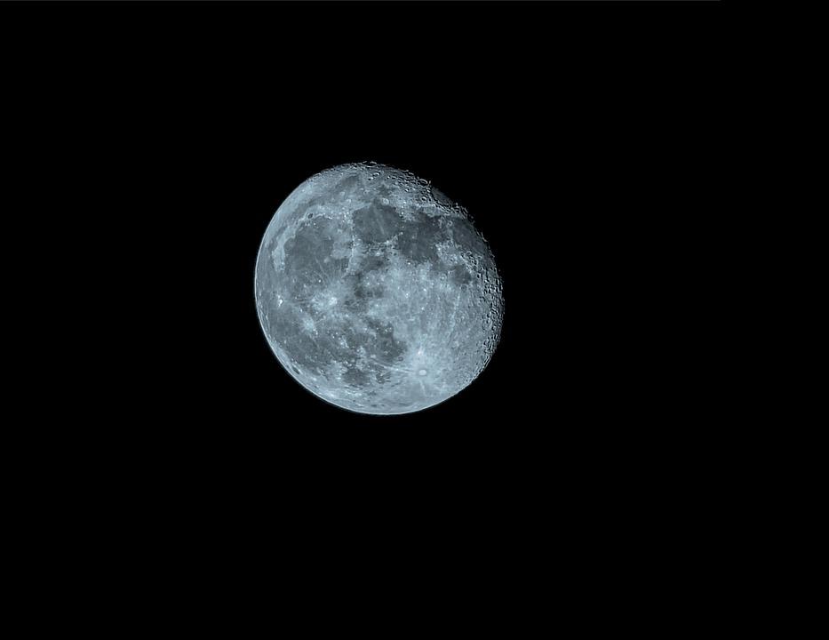 moon hdr night free