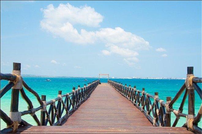 Zanzibar Stone Town Slave Island Pier Tanz