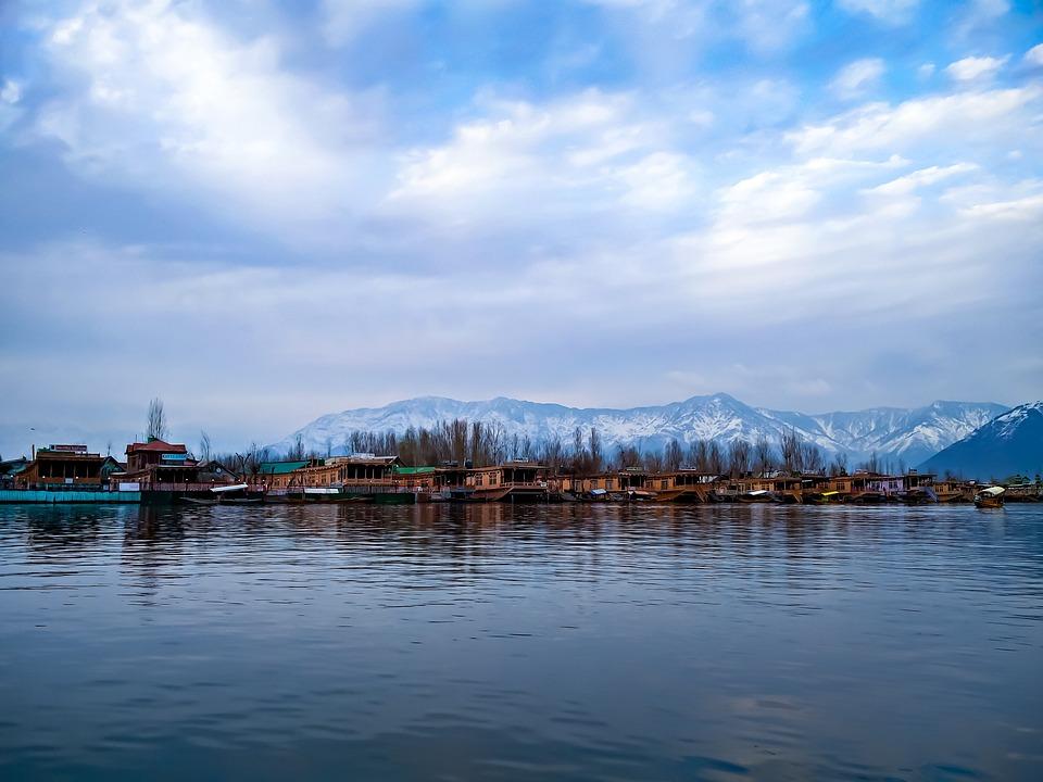 Fall Wallpaper Road Landscape Dal Lake Srinagar Free Photo On Pixabay