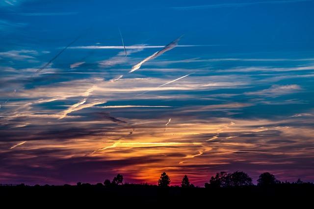 Girl Boy Wallpaper Images Free Photo Sunset Setting Sun Evening Sky Free Image