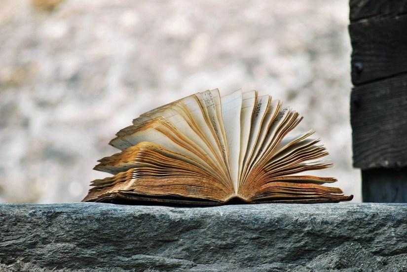 Libro Racconto - Foto gratis su Pixabay
