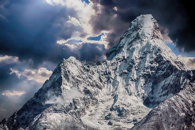 Girl Wallpaper Mountain Snow Winter 183 Free Photo On Pixabay