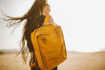 黄色, バックパック, バッグ, 人, 女の子, 女性, 旅行