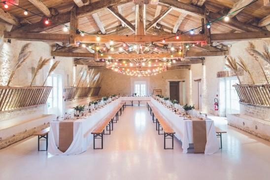 イベント, 会場, バンケット, ホール, 結婚式, 祝賀会, ライト, 木材, ビーム, ベンチ, テーブル