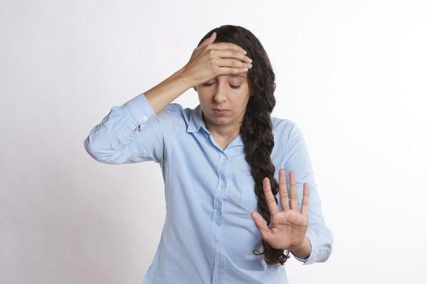ストレス 悩み 頭痛