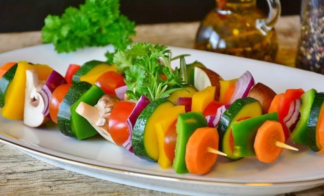 Espeto de legumes, legumes, legumes grelhados, Comida