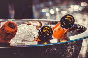 シャンパン, シャンパンのボトル, 氷, シャンパン クーラー, パーティー