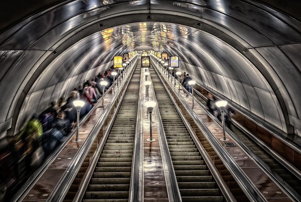 Metro, San Petersburgo, Tubo, Túnel, Escaleras