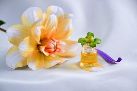 L'Olio Essenziale Di, Spa, Aromaterapia, Olio