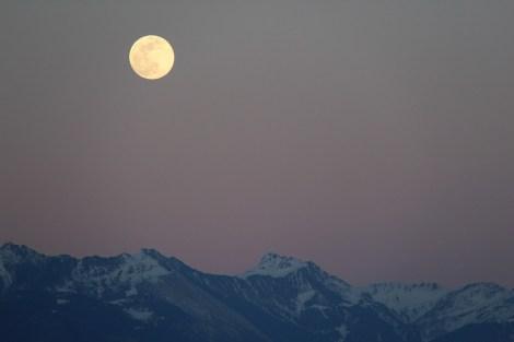 Luna, Superluna, Cielo, Horizonte, Noche, Atmósfera