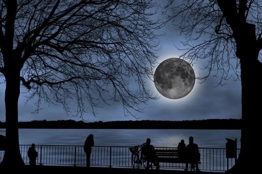La Luna, Guardando La Luna, Luna Piena, Pacifico, Vista