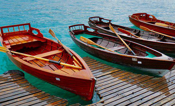 600 free wooden boat