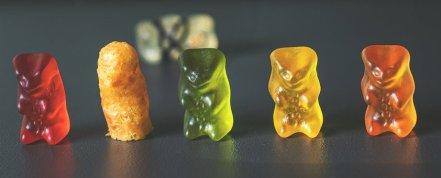 Intruder, Gummibärchen, Eat, Candy