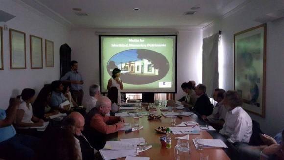 Presentación del Comité Matta Sur al Consejo de Monumentos Nacionales. (Imagen vía Facebook)
