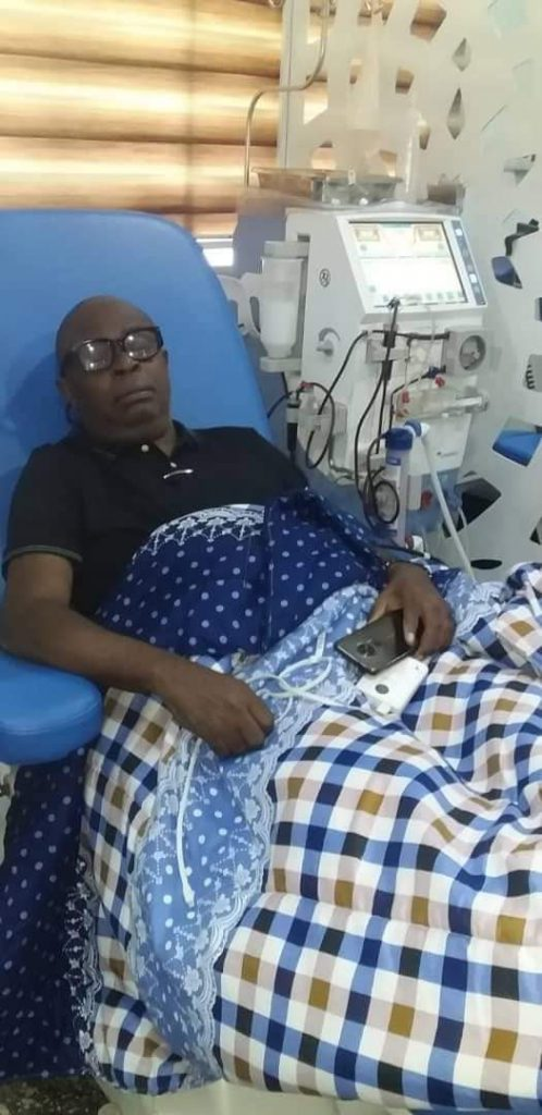 Obakhedo on a dialysis machine