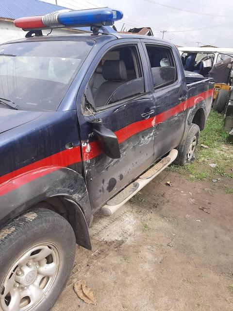One of the vehicles damaged by the attackers of Rivers police