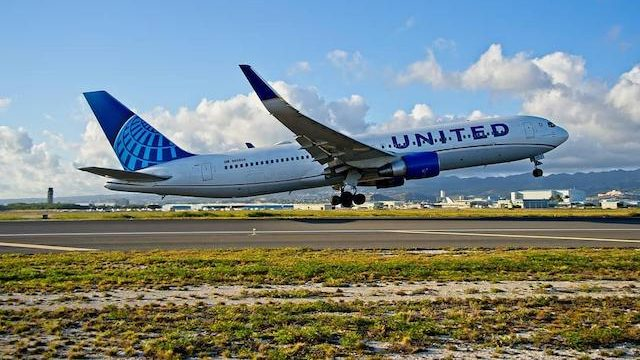 United Airlines orders Boeing 737 Max 8, Airbus jets