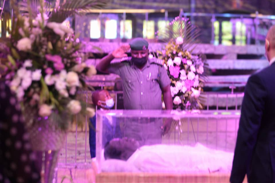 A dignitary paying last respect at Lying-in-state service of late TB Joshua. Photo by Ayodele Efunla