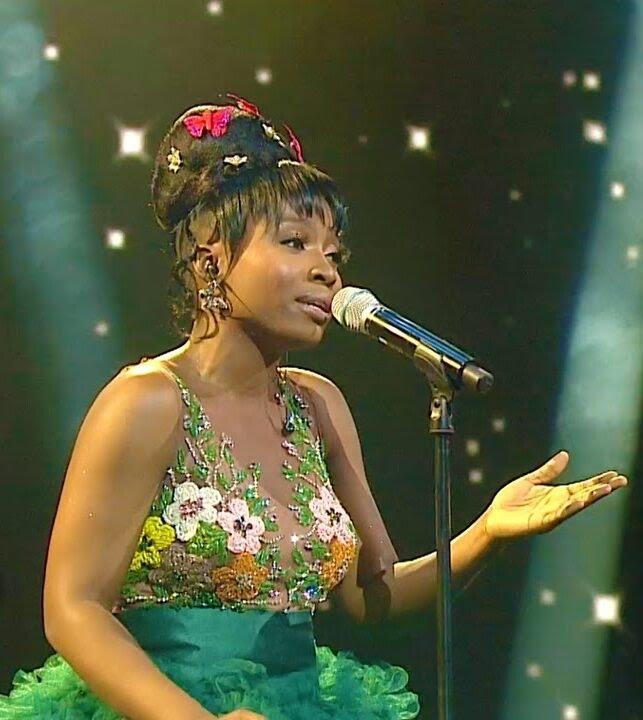 Esther Benyeogo: Nigeria tiene una nueva estrella de la música