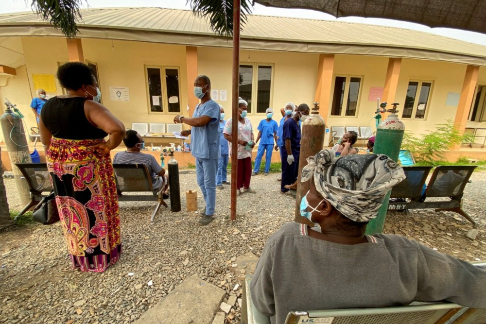 COVID-19 patients receive oxygen at Lagos Infectious Disease Hospital in January.