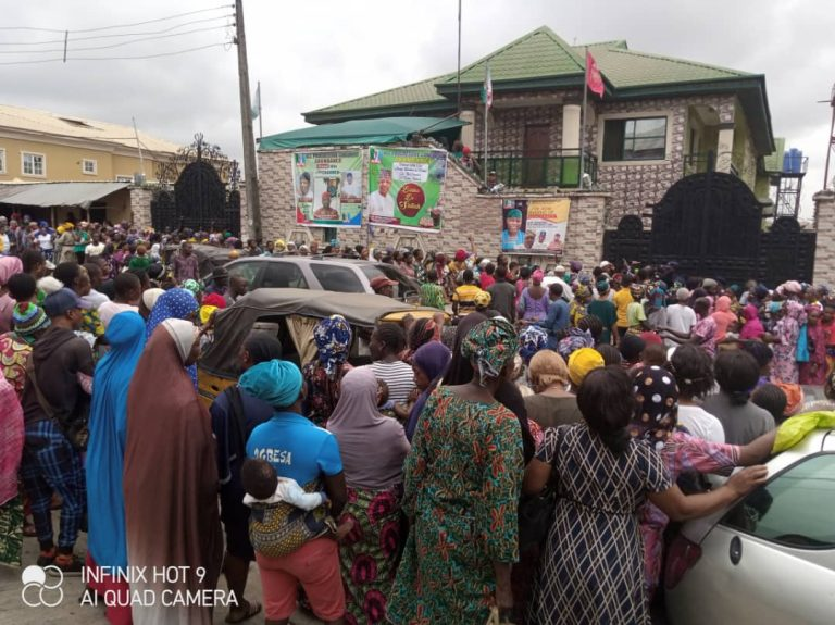 The crowd at Jude Idimogu's house waiting for Sallah gifts